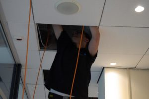 montage plafond - Megasnel