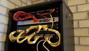 patchpaneel montage en installatie - Megasnel