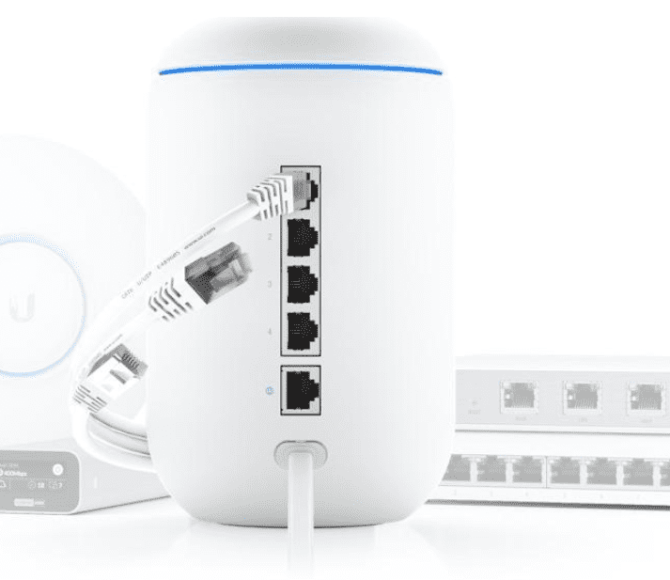 Ubiquiti UniFi Dream Machine combineert router en access point