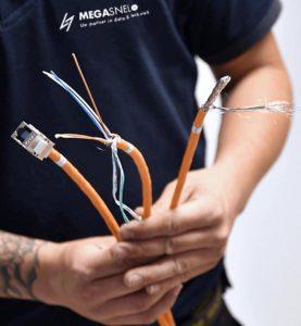 Installatie bedrijf Megasnel - netwerk en glasvezel installatie en reparatie